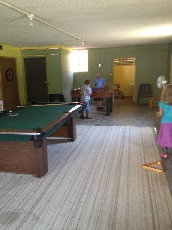 Pisgah View Ranch : Game room in barn