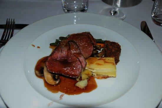Van De Kaart : Beef dish... yum!!!