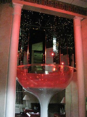 Pocono Palace Resort Champagne Gl Jacuzzi