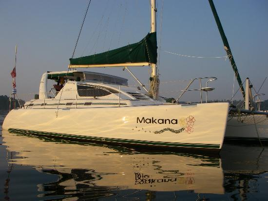 Makana Charters Sunset Dinner Sails: Makana