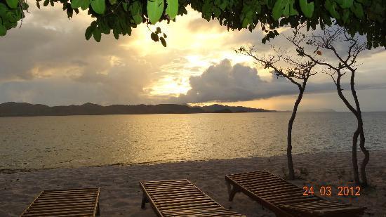 Club Paradise Palawan: sunset