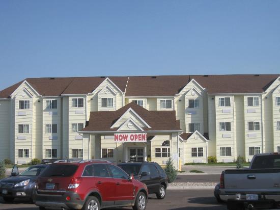 Microtel Inn & Suites by Wyndham Cheyenne: Entrance