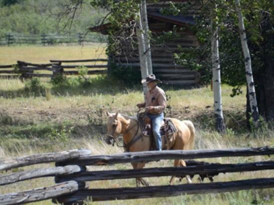 Elkin Creek Guest Ranch: Cowboy George