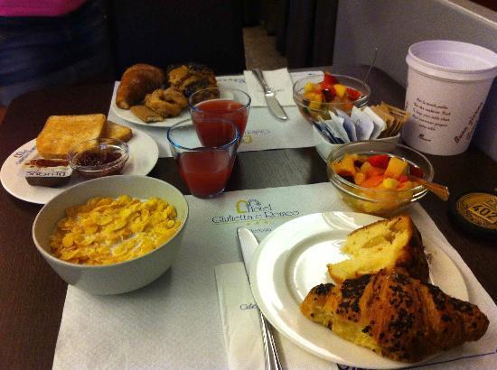 Giulietta e Romeo Hotel: Una colazione buona e varia