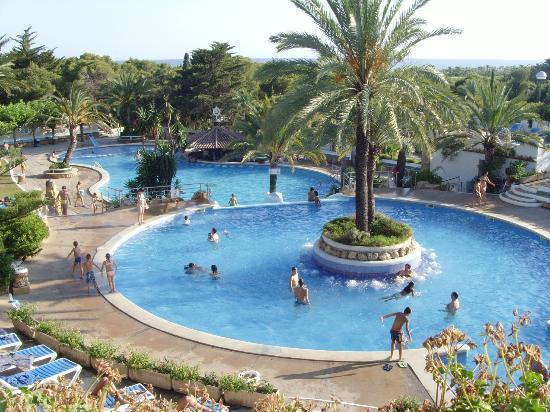 Roda de Bara, Spain: park playa bara pool