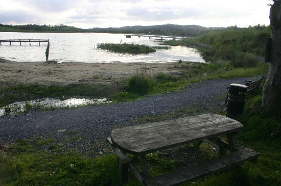 Fermanagh Self Catering: Our lakeside location with 2mile path, paddling and picnic & fishing areas