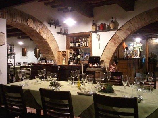 Belvedere Ostrense, Taliansko: La bellissima sala curata nei particolari