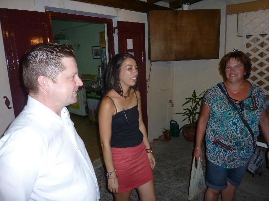 Petra, Greece: Nikos, Maria en mijn vrouw, Annemarie