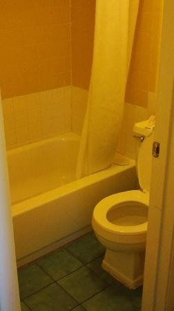 El Caribe Resort and Conference Center: bathroom