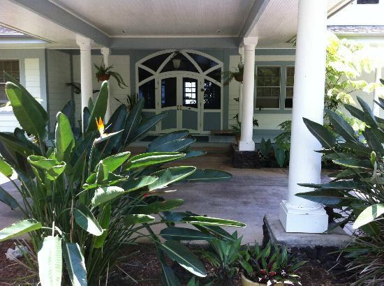Ka'awa Loa Plantation: Welcome entrance
