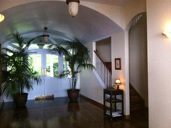 Ka'awa Loa Plantation: The main hall