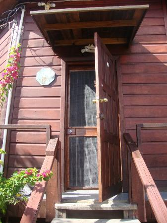 Colibri House: Upstairs suite front door