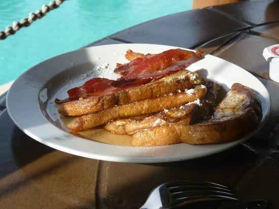 Grand Isle Resort & Spa: French toasts at Pallapa's