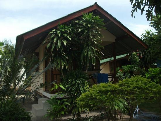 Phangan Villa Beach Bungalow: Our bungalow