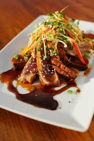 Gaylord's at Kilohana: Blackened Ahi Appetizer