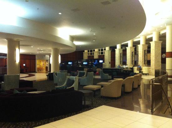 Hilton Dallas Lincoln Centre : The lobby