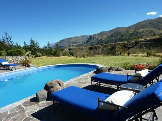 Las Casitas del Colca: pool view