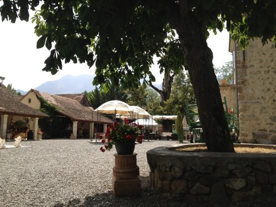 Chateau Des Herbeys : la terrasse