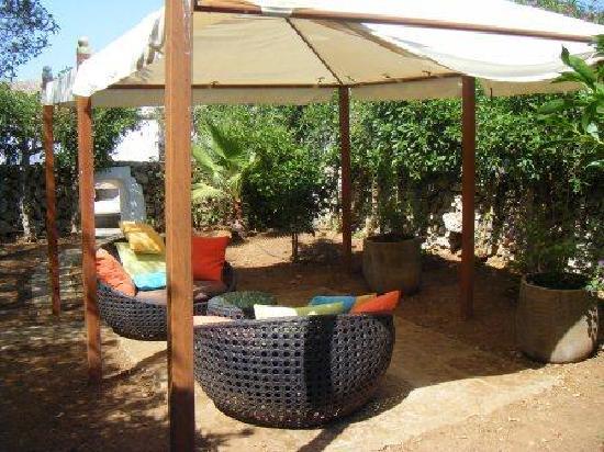 Matchani Gran: Un angolo relax nel giardino