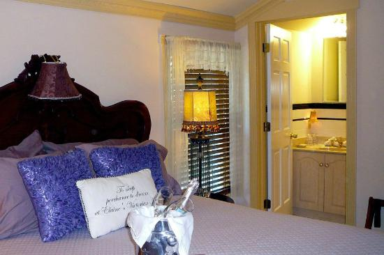 Elaine's Bed & Breakfast Inn: Are you in need of a Romantic Getaway?