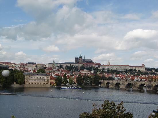 ‪بوهيميا أبارتمنتس براج أولد تاون: Beautiful Prague