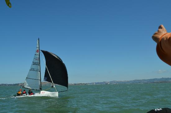 Imagine Sailing Tours : Sailboats on the water