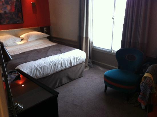 Hotel Verneuil: Cozy and clean