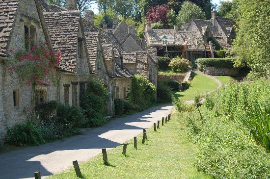Tour the Cotswolds: Cotswolds