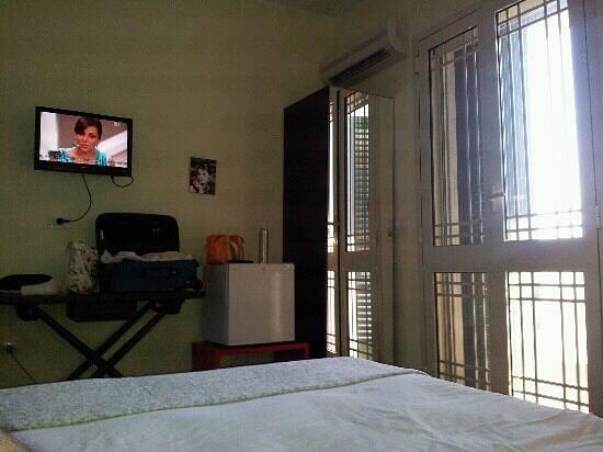 B&B Aloa : stanza doppia 2? piano (balcone e climatizzatore)