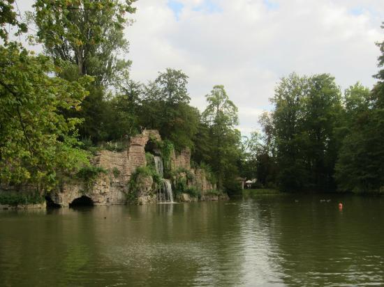 Parc de l'Orangerie : The lake