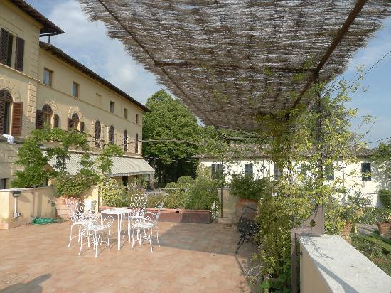 Villa Scacciapensieri: La terrasse de l'hôtel