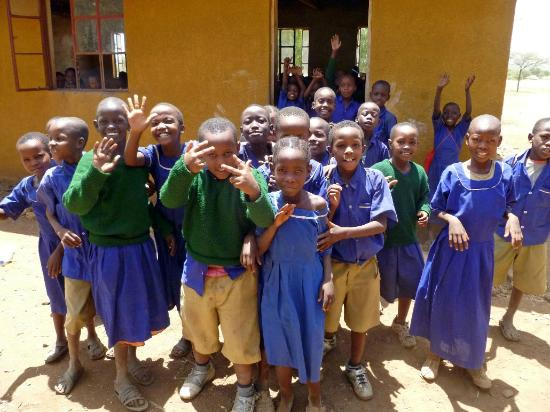 Warrior Trails Day Tour: makuyuni school