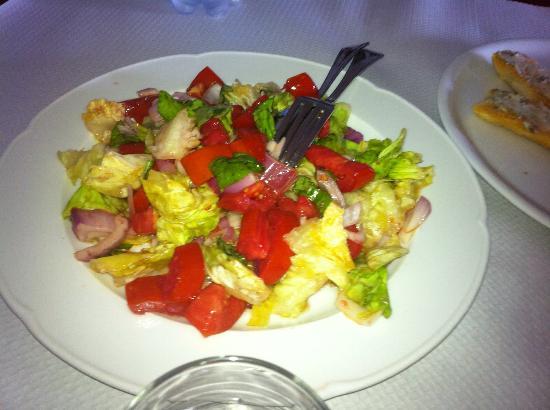 Agriturismo La Valletta: insalata freschissima