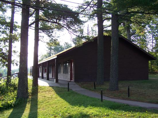 Keweenaw Mountain Lodge: Motel units.
