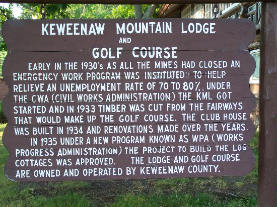 Keweenaw Mountain Lodge: Interesting sign outside lodge.