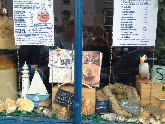 Oceanblue Seafood Bar: Window Display