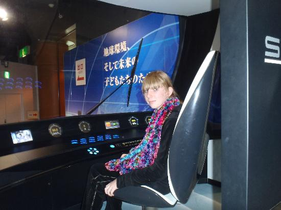 Kawasaki Good Times World: Tanja at the controls of Shinkansen