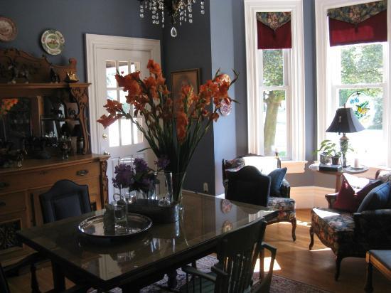 Clydesdale House: Wohn- und Esszimmer
