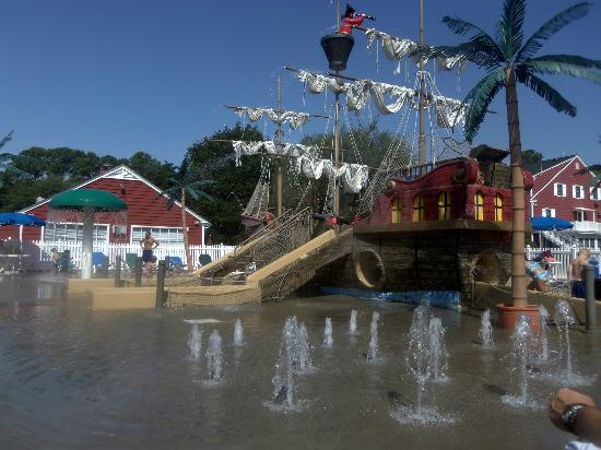 Francis Scott Key Family Resort: the Pirate Ship Spray Yard!!!!