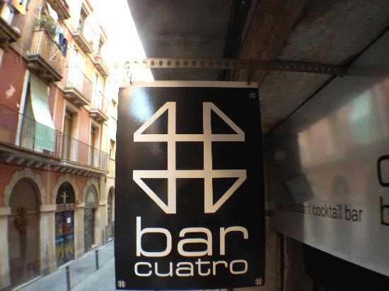Cuatro Bar Barcelona : Our logo