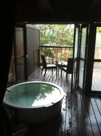 Fontane Bleau Sengokutei: お部屋の露天風呂
