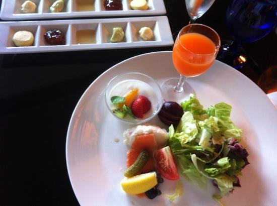 Fontane Bleau Sengokutei: 朝食の一部