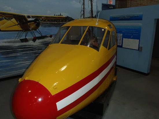 Canadian Bushplane Heritage Centre: ENter