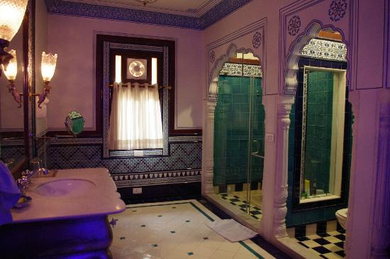 Pearl Palace Heritage - The Boutique Guesthouse: Salle de bain - sublime !