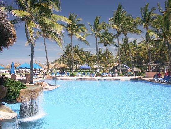 Torres Mazatlan Resort : Panoramic Pool