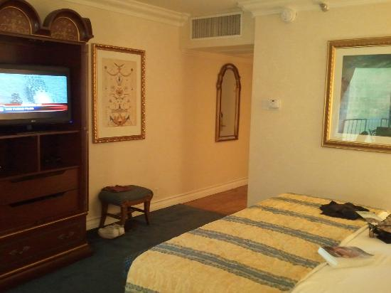 Town and Country San Diego: Room 1528 pic 2