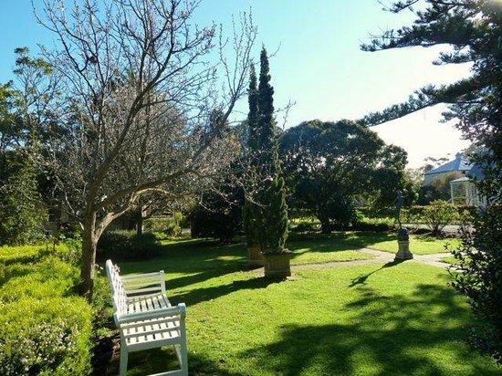 Glen Isla House: Heritage garden tranquility in Spring...