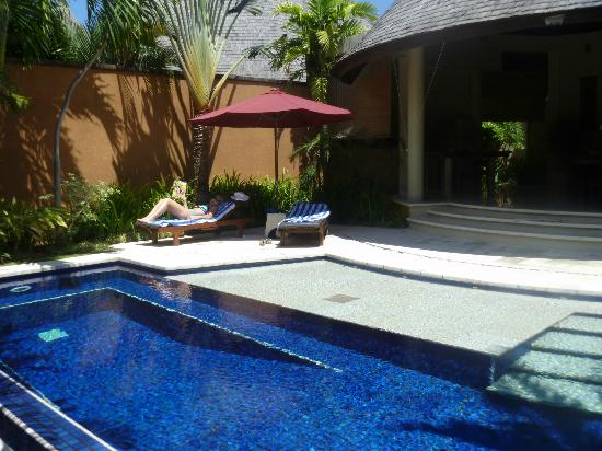 The Kunja Villas & Spa: 1 bedroom villa pool area