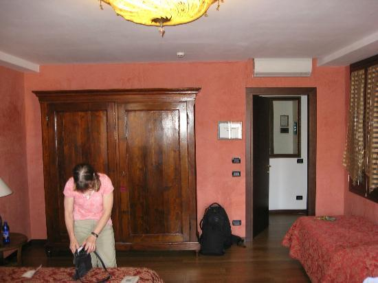 Pensione Guerrato: Huge 3rd floor room