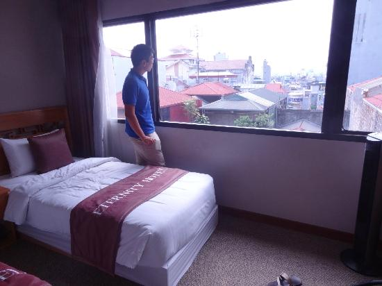 Eternity Hotel : our room with a hanoi city view